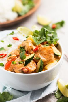 Quick Thai Shrimp Curry with Pineapple: vegetables and shrimp are cooked with a delicious coconut curry sauce, then served with fresh pineapple! Quick Dinner Recipes, Great Recipes, Thai Shrimp Curry, Pesto, Spicy Grilled Chicken, Sandwiches, Coconut Curry Sauce, Pineapple Recipes, Asian Recipes