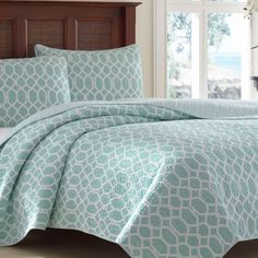 Tommy Bahama Catalina Trellis Reversible Quilt Set, Blue
