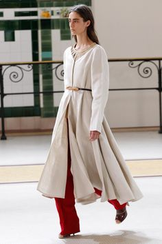 Lemaire Spring 2017 Ready-to-Wear Fashion Show - Ana Arto