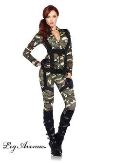 Pour commencer il faut savoir que l'on n'est pas obligatoirement fans de guerre quand l'on porte une tenue de camouflage. C'est mon point de vue et celui de Cybèle lingerie de charme qui se permet de vous proposer cette combinaison de parachutiste fantaisie pour vos soirées à thèmes militaires.  http://www.cybelelingeriedecharme.fr/173704:leg-avenue-deguisement-combinaison-pantalon-camouflage-de-parachutiste-tenue-fantaisie-cybele-lingerie-de-charme-creation-leg-avenue-85166.htm
