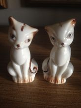 Vintage Stylized Cat Salt and Pepper Shakers