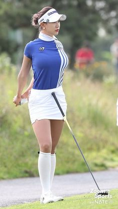 Sexy Golf, Girls Golf, Ladies Golf, Girl Golf Outfit, Sporty Girls, Disc Golf, Cute Asian Girls, Golf Fashion, Beautiful Asian Women