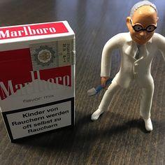 Kinder von Rauchern werden oft selbst zu Rauchern. #Rauchen #Zigaretten #Tabak #Parodontitis #Vorsorge #Prophylaxe #Erziehung #Kinder #Eltern #Marlboro #Raucher #Vorbild #Fluppen #Zichten #Glimmstengel #paffen #prodente
