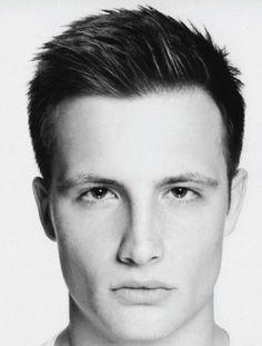 Taglio capelli corti uomo 2013 - Tagli Corti per Uomini Giovani e Sportivi