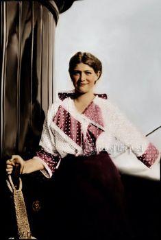 Maria all grown up by VelkokneznaMaria on DeviantArt Grand Duchess Maria Nikolaevna Romanova of Russia (1899-1918) in 1915, aboard an imperial yacht.