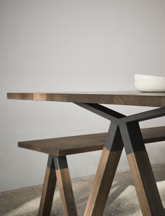 Welded Furniture, Fine Furniture, Table Furniture, Furniture Design, Dinning Table Design, Wooden Dining Tables, Dining Room Table, Outdoor Bench Table, Be Design