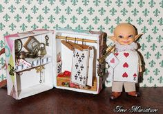 Miniature wardrobe travelling trunk with от IreeMiniature на Etsy