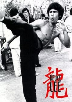 Bruce Lee Poster Classic Bruce Lee Movie Poster Order TODAY - SPECIAL EDITION Limited Print! Ships securely today in a crush proof poster shipping tube: Click here for more Posters! More Bruce Lee Poster, Bruce Lee Martial Arts, Martial Arts Movies, Martial Artists, Little Dragon, James Dean, Marilyn Monroe, Bruce Lee Movies, Idol