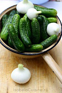 Castraveti dulci-picanti - Isabela Cuisine Cucumber, Hamburger, Vegetables, Food, Essen, Vegetable Recipes, Burgers, Meals, Eten