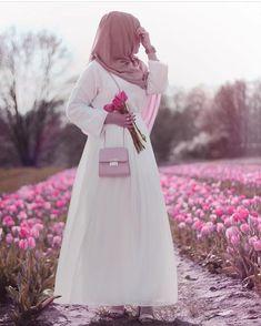 Beautiful Muslim Women, Beautiful Hijab, Hijabi Girl, Girl Hijab, Hijab Gown, Muslim Women Fashion, Islamic Fashion, Hijab Style, Abaya Style