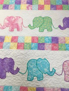 Elephant Baby Quilt with free motion quilting from. Elephant Quilts Pattern, Elephant Applique, Baby Quilt Patterns, Elephant Baby, Baby Applique, Patchwork Patterns, Baby Girl Quilts, Boy Quilts, Girls Quilts