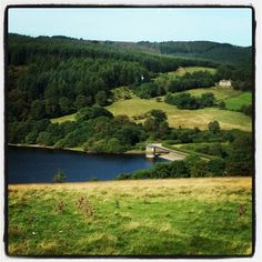 A beautiful sunny morning over Fernilee reservoir #sunny #sunnymorning #countryattire - @countryattire- #webstagram