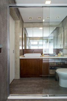 americaarquitetura   Casa América   Concreto e madeira no Banheiro  Projeto: América Arquitetura   Foto: César Vieira