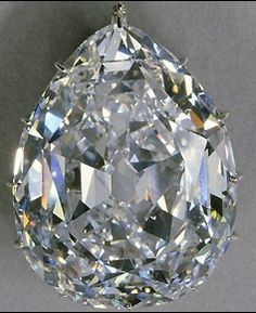 The Cullinan diamond discovered accidentally in the Premier diamond mines of Transvaal, South Africa, on January 26th, 1905, had an enormous weight of 3,106 carats, making it the largest ever gem-quality rough diamond to be discovered in the world. The diamond was named after Sir Thomas Cullinan, the discoverer and owner of the Premier diamond mines, where mining activity began just three years before the record-breaking discovery.