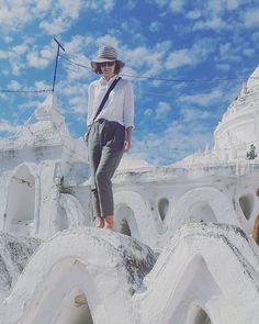 In Mingun today. Myanmar is such a beautiful and interesting country. #myanmar #mandalay #mingun #travel #travelling #traveling #travelgirl #travelgram #travellinggram #instatravel #instablog #instapic #potd #picoftheday #instafashion #style #fashionblogg (scheduled via http://www.tailwindapp.com?utm_source=pinterest&utm_medium=twpin)