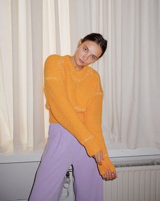 Paulien Riemis 🌙 (@paulienriemis) • Instagram-foto's en -video's Spring Looks, Turtle Neck, Sweaters, Outfits, Instagram, Fashion, Women's Clothes, Style, Tricot