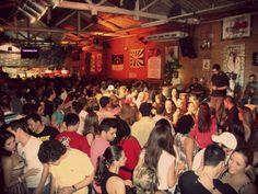 Rodrigo Carvalho (@sambarodrigo) na Feijoada do Traço de União (@otracodeuniao). Sábado. 11 de agosto de 2012.