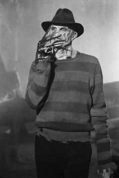 Robert Englund as Freddy Krueger - A Nightmare on Elm Street Part The Dream Child. Horror Icons, Horror Films, Freddy Krueger, Horror Movie Characters, Horror Villains, Famous Monsters, Arte Horror, Iconic Movies, Cult Movies
