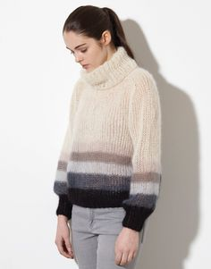 Model / Pattern of Sweater of Woman of Autumn / Winter from KATIA Sweater Knitting Patterns, Knit Patterns, Hand Knitting, Fall Sweaters, Sweaters For Women, Knit Fashion, Fall Fashion Outfits, Poncho Pullover, Chunky Knitwear