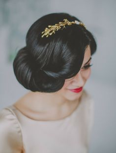 Vintage Bridal Long Hair Gatsby Style Gold Hairpiece Bridal Headband Hushed Commotion NYC Top Brooklyn Wedding Photographer