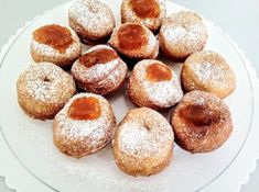 Desať receptov s kváskom - Žena SME Doughnut, Dessert Recipes, Ale, Bread, Sweet, Foods, Fotografia, Candy, Food Food
