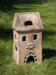 keramický+domeček+(na+objednávku)+keramický+domeček+cca+35+cm+vysoký,+vhodný+jako+dekorace+nebo+dekorativní+osvětlení+pro+zahrádku+nebo+terasu,+balkon+....+Materiál:+šamotová+hlína,+barveno+oxidem