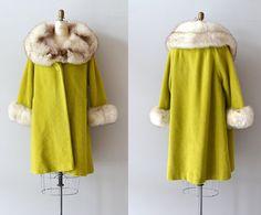 Lilli Ann fox fourrure collier manteau / coat par DearGolden, $445.00