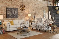 One of our newest collections from our Urbanology line! The Pierin Sofa Collection.