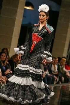 Traje de Flamenca - Rocio-Martin - Pasarela-Flamenca-Jerez-2016