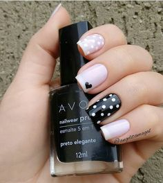 New Collections of Best Valentine's Day Nail Art Design Heart shape always plays an important role in nail art designs. When you have a nail art ideas Nail Art Rosa, Red Nail Art, Nail Art Designs, Short Nail Designs, Toe Nails, Pink Nails, Stiletto Nails, Nagellack Design, Nail Polish