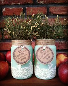 Diy Bottle, Bottle Art, Diy Wall Decor, Diy Home Decor, Candle Jars, Mason Jars, Recycled Glass Bottles, Mason Jar Bathroom, Jelly Jars