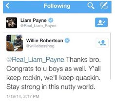 OMG THIS IS PERFECT. My 2 fav things! 1. One Direction and 2. Duck Dynasty's, Willie Robertson!!! ^0^ *le dead*