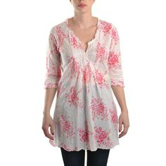 Oneseason Top 3/4 sleeve Pleated Cuff Finished with Pin tuck Frill Pintuck Frill v neck 8 Tiny Button Pleated Front Bias cut Print: Ballerina Colour: Pink Style code: POPPY TOP 100% Cotton Machine Wash 30