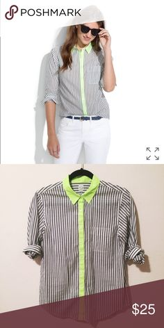 Madewell neon accent collared shirt perfect condition. such a fun pop of color! Madewell Tops Button Down Shirts
