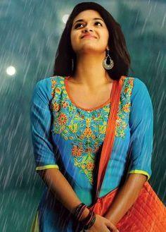 South Indian Actress PRIYANKA CHOPRA PHOTO GALLERY  | PBS.TWIMG.COM  #EDUCRATSWEB 2020-06-07 pbs.twimg.com https://pbs.twimg.com/media/EWGnCIaXsAM3DIJ?format=jpg&name=small