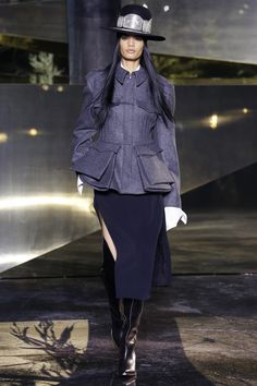 H&M Fall 2016 Ready-to-Wear Collection Photos - Vogue Fashionista Trends, Winter Trends 2016, 2016 Trends, Fall 2016, Fall Fashion Week, Autumn Fashion, Runway Fashion, Fashion Show, Fashion Design