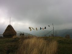 La Hanul Balaban, în vârf de deal. Sau pe un picior de plai...