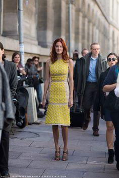 Taylor Tomasi Hill looking wonderfully Zesty in this lemon yellow Pedro Lourenco wool dress #StreetStyle