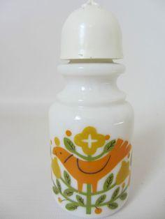 Retro orange 60s Scandinavian ? milk glass salt icing sugar sifter pot kitchen