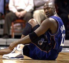 "Air Jordan III --Colorway: ""True Blue"" --The instantly recognizable Jumpman silhouette made its debut on the Air Jordan 3 during Michael Jordan's 1987-88 NBA season.  Image: Michael rockin' the J3's even after more than a decade since its debut. #AirJordan #MichaelJordan #sneakers #sneakerhead #basketballshoes #AirJordanIII"