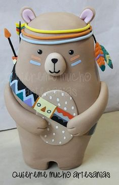 OSO INDIO TIPI TRIBAL DECORACION TORTAS PORCELANA FRIA Clay Projects, Clay Crafts, Felt Crafts, Fun Projects, Diy And Crafts, Arts And Crafts, Paper Clay, Clay Art, Biscuit