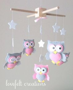 Baby mobile Owl mobile Baby Girl Mobile Nursery by LoveFeltXoXo Kids Crafts, Owl Crafts, Baby Crafts, Baby Mädchen Mobile, Owl Mobile, Baby Mobiles, Diy Bebe, Owl Pet, Baby Owls