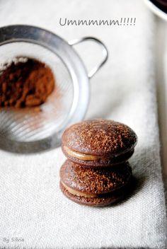 Whoopies de chocolate rellenos de ganache de chocolate