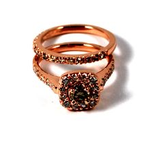 Stunning Engagement ring and Wedding band in 14k Rose Gold, Champagne Light Chocolate Round centre Diamond, micro pave on shoulders! Very Unique, beautiful colour!