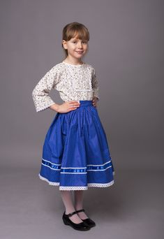 Néptánc szoknya , pörgős szoknya , kékfestő , viselet , gyerek néptánc szoknya Lace Skirt, Midi Skirt, Skirts, Fashion, Moda, Midi Skirts, Fashion Styles, Skirt