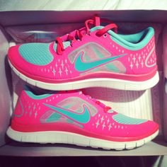 souliers pour femmes Nike / Nike shoes for women I'd soooo ware these