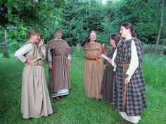 Znalezione obrazy dla zapytania celtic woman X clothing