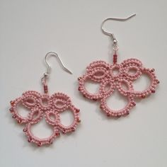 Tatted earring with beads