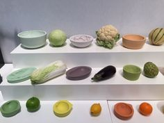 These food-safe and waterproof resin bowls are the brainchild of mischer'traxler – the Vienna design studio Food Design, Design Art, Pottery Classes, 20th Anniversary, Safe Food, Industrial Design, Serving Bowls, Food To Make, Salons