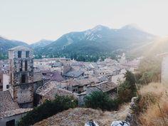View over castellane #travel #france #castellane  #verdon #gorgesduverdon #reizen #view